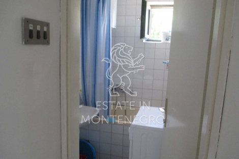 Apartment 10 minutes from Kamenovo beach, Budva, 38m²