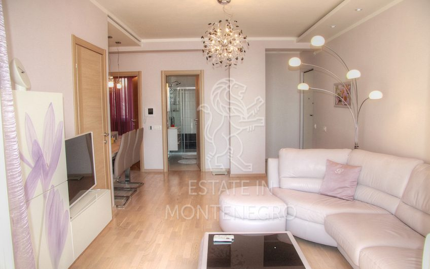Becici, Budva, 105m² Satılık İki Yatak Odalı Daire